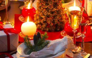 7 tips for Christmas table flower arrangements